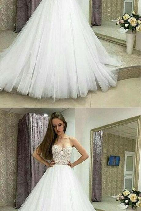 White Tulle Appliques Ball Gown Wedding Dress ,Vintage Formal Wedding Gowns