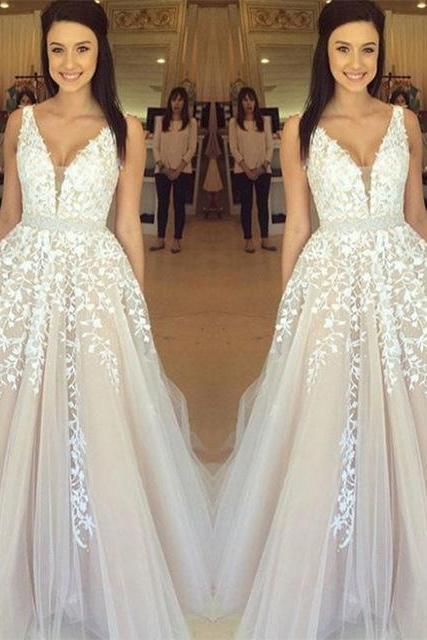 Simple Prom Dresses,Prom Dresses,Gorgeous Sleeveless V-Neck Prom Dress 2017 Lace Appliques Tulle Party Evening Formal Dresses