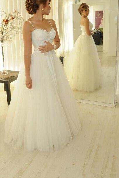 Wedding Dresses,Elegant Wedding Dresses,White Sweetheart Tulle Wedding Dresses Elegant Appliques Spaghetti Strap Princess Wedding Gown