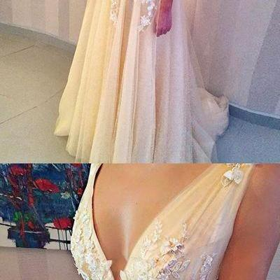 Popular Charming V Neck Applique Tulle Evening Formal Long Prom Dresses,